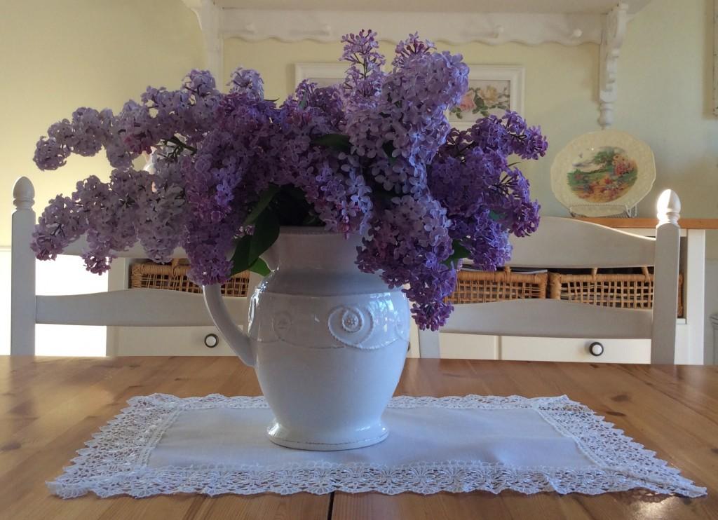 Faire un bouquet, c'est peindre avec des fleurs... - Manon Rousseau